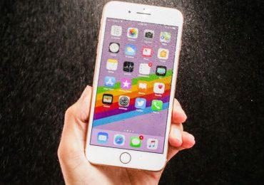 """Część iPhone'ów 8 ma fabryczną wadę. Rusza darmowy program naprawy od Apple. Jest tylko jedno """"ale"""""""