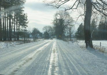 IMGW ostrzega: Tej nocy śliskie drogi i oblodzenie