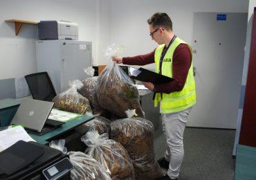 Rzeszów: Policjanci zlikwidowali nielegalną wytwórnię tytoniu