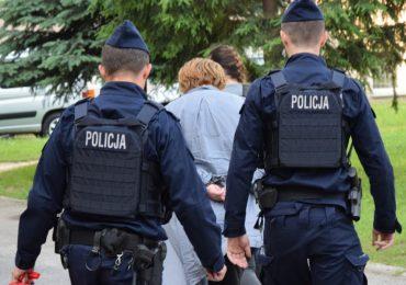 Rzeszów: Wyłudzili z NFZ 1,5 mln zł. 7 osób z zarzutami