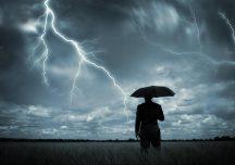 Rzeszów: obowiązuje ostrzeżenie meteorologiczne! Burze, miejscami grad, silny wiatr