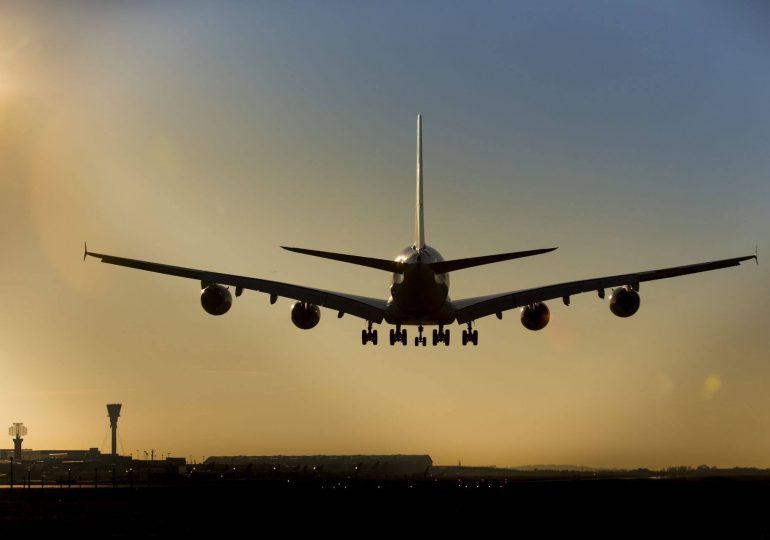Loty tańsze aż o 80 proc. Algorytm podpowie, jak podróżować za grosze