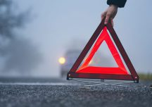 Mielec: Tragedia na drodze. Kobieta najechała na leżącego na drodze mężczyznę.
