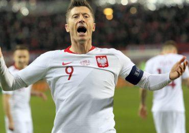 Pewne zwycięstwo Polski z Łotwą. Doskonały mecz Roberta Lewandowskiego!