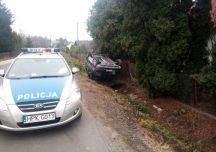 Ropczyce: Zderzenie pojazdów na skrzyżowaniu – jeden z nich dachował