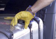 Rzeszów: Kradli paliwo z samochodów