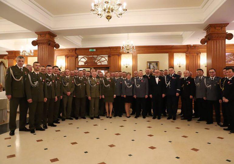 Jarosław: Charytatywny Bal Oficerski
