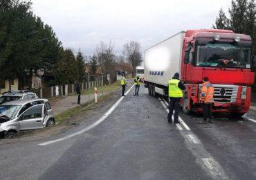 Dębica: Wypadek w Jaworzu Górnym – poszkodowana przetransportowana śmigłowcem