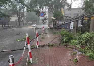 Podkarpackie: Pogoda nadal nie daje spokoju mieszkańcom województwa - Jasło usuwa skutki burzy