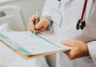Krosno: Lekarz medycyny rodzinnej i pediatra - otwarto nową przychodnię POZ