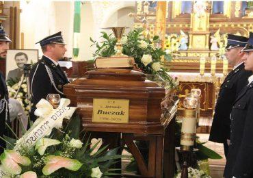 Dębica: Pogrzeb 34 letniego Ks. Jaromira Buczaka z Lubziny