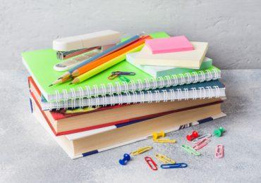 Ropczyce: Pomoc materialna dla uczniów w roku szkolnym 2020/2021