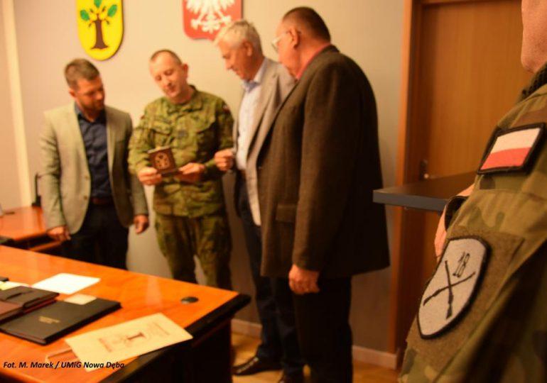 Tarnobrzeg: Generał Gromadziński w Nowej Dębie