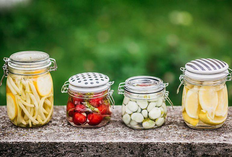 Porady: 12 powodów dla których warto jeść domowe kiszonki