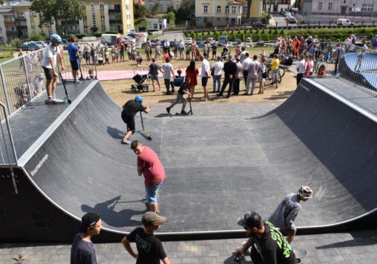 Sanok: Miniskatepark przy ul. Mickiewicza oficjalnie otwarty [fotorelacja]
