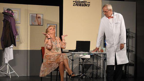 """Kolbuszowa: Zapraszamy na spektakl """"Kobieta Idealna"""""""