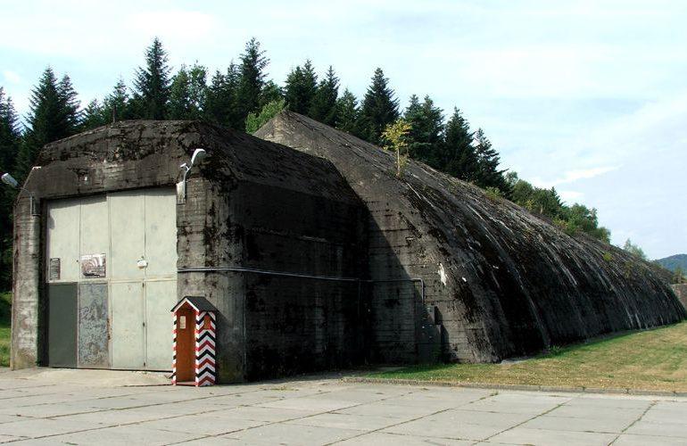 Strzyżów: To w tym miejscu spotkał się Hitler z Mussolinim