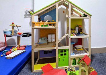 Rzeszów: Powstała nowa bawialnia. Mini Dom pozwoli wcielić się dziecku w policjanta czy lekarza