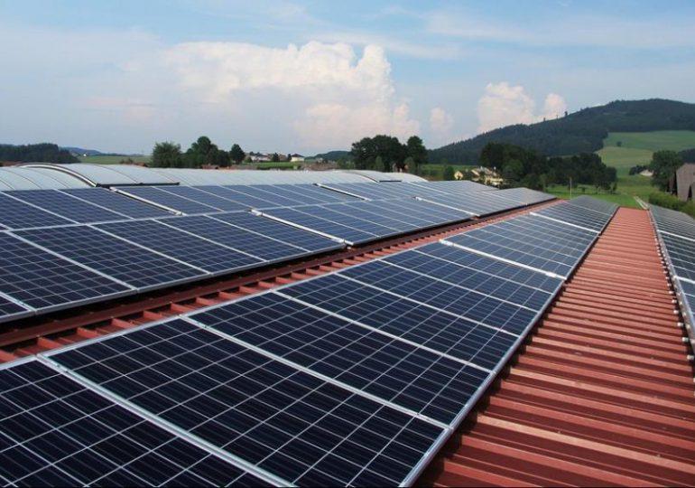 Technologie: Nowe panele słoneczne, które mogą działać nawet przez… 1200 lat.