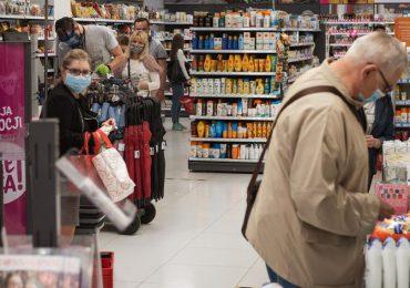 Polska: Wracają godziny dla seniorów w sklepach i aptekach.