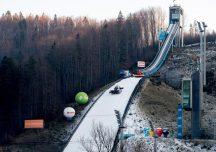 Sport: Trzecie miejsce  Polaków w skokach narciarskich
