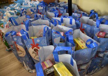 Mielec: Świąteczne paczki dla samotnych
