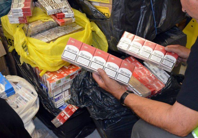 Tarnobrzeg: Zatrzymano nielegalny transport papierosów o wartości 70 tysięcy zł