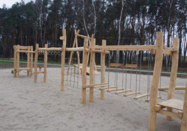 Mielec: Kolejny etap budowy placu zabaw zakończony
