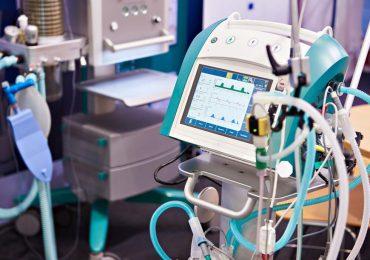 Podkarpacie: Do szpitali trafi 14 respiratorów, kupionych przez Siarkopol