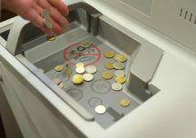 Rzeszów: W oddziale NBP uruchomiono automat do wymiany bilonu