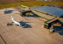 Rzeszów: Mimo spadku liczby pasażerów lotnisko w Jasionce będzie się rozwijać