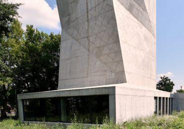 Tarnobrzeg: Budowa ścianki wspinaczkowej