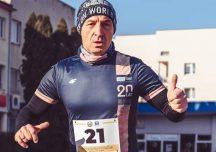 """Sport: Zdobył """"KORONĘ MARATONÓW POLSKICH"""". Przebiegł prawie 211 km."""
