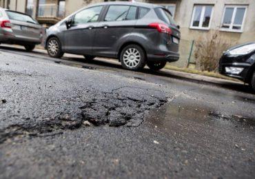 Rzeszów: Zły stan dróg po zimie