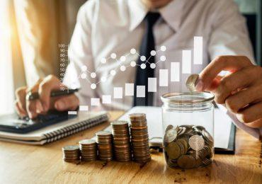 Biznes: Zagraniczne inwestycje bezpośrednie w Polsce i polskie inwestycje bezpośrednie za granicą w 2020 roku