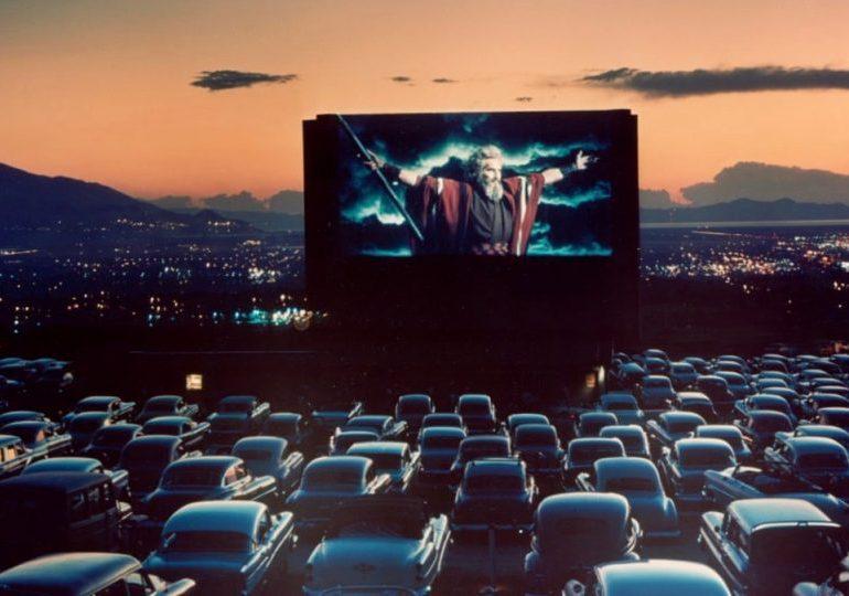 Rzeszów: Walentynkowe kino samochodowe