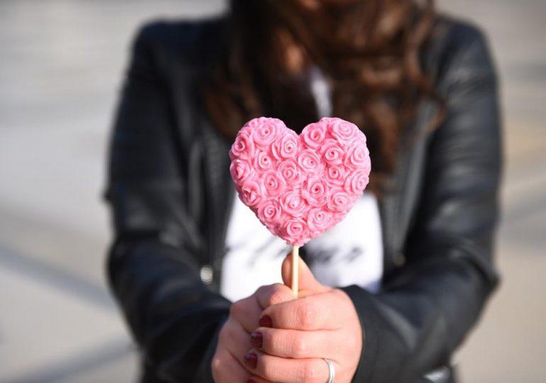 Dębica: Miłość znowu dotrze wszędzie! Wyjątkowy koncert charytatywny online