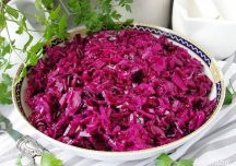 Kulinaria: Surówka z czerwonej kapusty