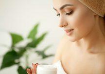Kobieta: Jak zadbać o skórę po zimie i przygotować ją na wiosnę?