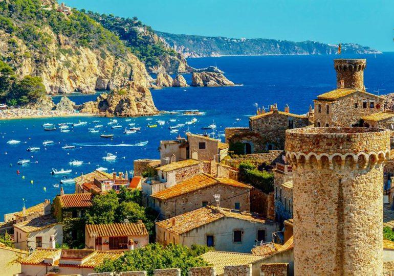 Turystyka: Hiszpania od 7 czerwca będzie przyjmowała zaszczepionych turystów