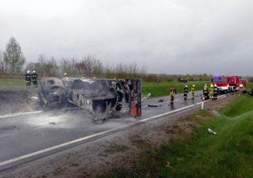 Leżajsk: Tragiczny wypadek na obwodnicy. W wypadku zginął 27-letni kierowca.