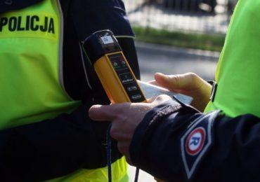 Nisko: Policja zatrzymała pijanego kierowcę. Na pomoc przyjechał jechał jego nietrzeźwy kolega.
