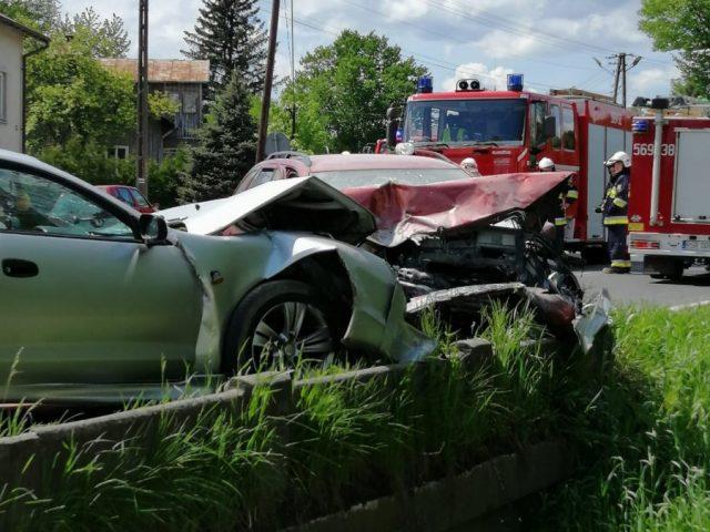 Strzyżów: Zderzenie czterech pojazdów, są poszkodowani