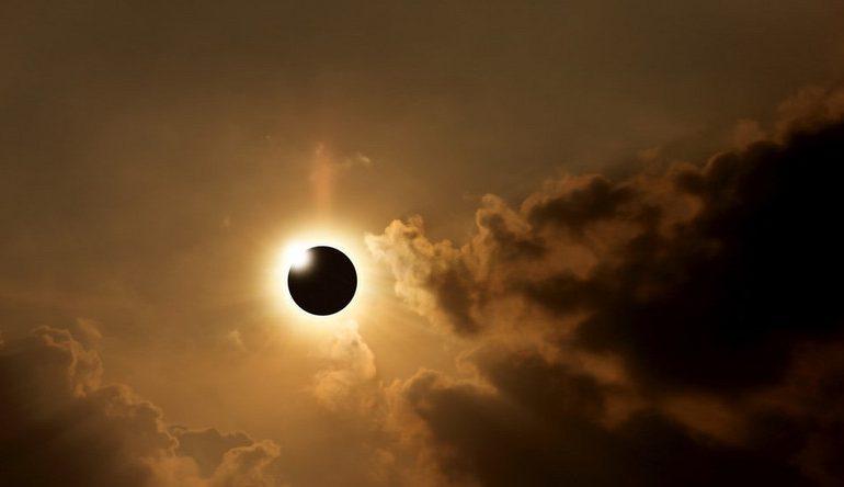 Polska: Zaćmienie Słońca już w czwartek 10 czerwca. Gdzie i o której oglądać?