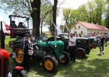 Sanok: II Zlot Pojazdów Zabytkowych i Silników Stacjonarnych w Besku – Bieszczadzka Brama